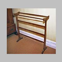 Walnut Towel Rail, Photo on gimson.leicester.gov.uk.jpg
