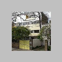 32, Newton Road, London, by Wells Coates and Partners (Denys Lasdun), 1939,  photo on daveanderson.me.uk.jpg