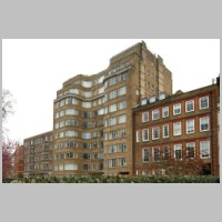 Florin Court, 6-9, Charterhouse Square, London, by Guy Morgan and Partners, 1936, photo on daveanderson.me.uk.jpg
